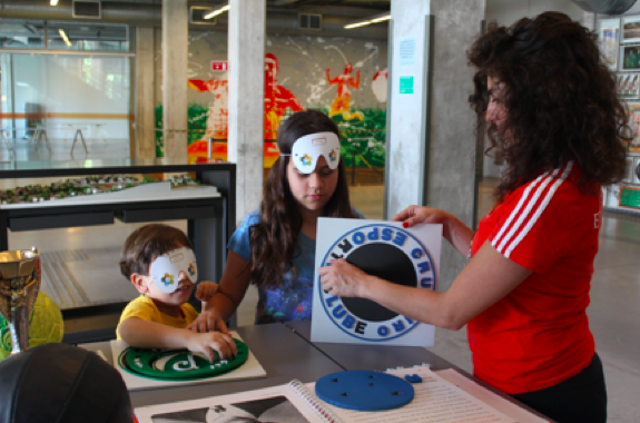 Tactile game used in family programs, created with help from the Museu do Futebolresidents program, 2012.